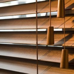 25mm-35mm-50mm-Wooden-Venetian-Blinds-with.jpg_350x350